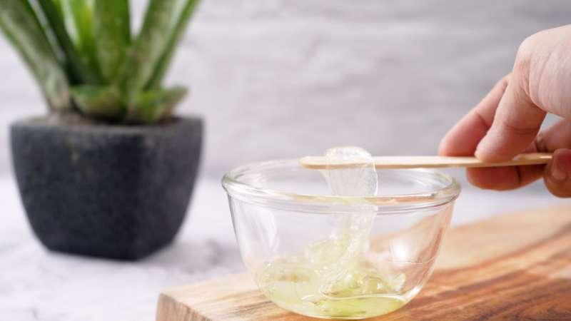 How to Make Herbal Aloe Vera Gel